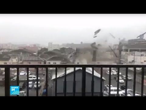 شاهد إعصار جيبي الأقوى منذ ربع قرن يجتاح اليابان