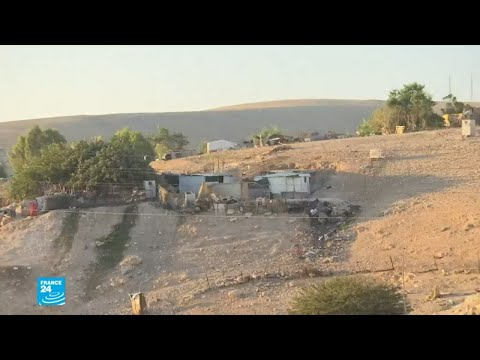 شاهد  دول أوروبية تدعو إسرائيل إلى عدم هدم خان الأحمر قرب القدس