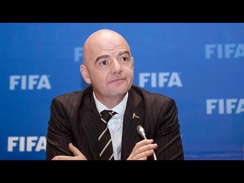 شاهد الفيفا يسعى لإشراك دول أخرى مع قطر في استضافة كأس العالم 2022