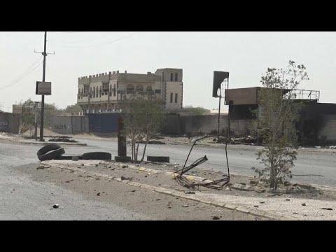 شاهد حرب الشوارع في الحُديدة تحصد أرواح 149 شخصًا في 24 ساعة