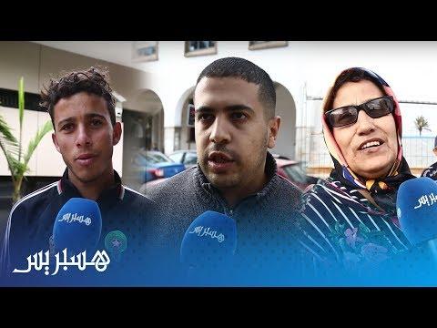 شاهدمغاربة يعلنون عن حملة للتبرع بالملابس في الشارع العام