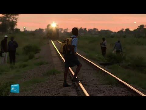 شاهد تشغيل أول قطار في زيمبابوي بعد 13 عامًا من الانتظار