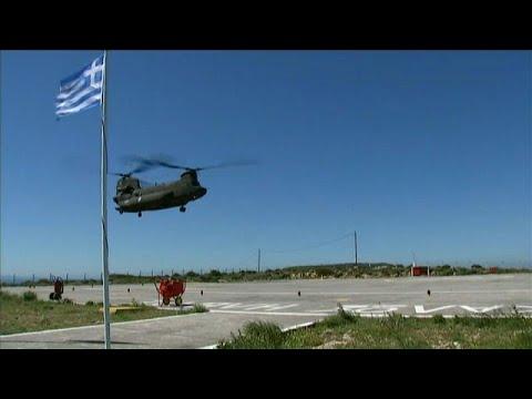 شاهد رئيس وزراء اليونان يتهم مقاتلات تركية بالتحرش بمروحيته