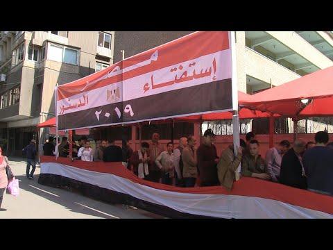 شاهد فعاليات ثاني أيام الاستفتاء على التعديلات الدستورية في مصر