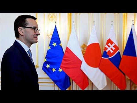 إسرائيلي يبصق على السفير البولندي في تل أبيب