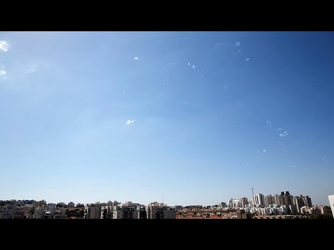 إسرائيل تزعُم إطلاق حماس وابلًا من الصواريخ باتجاه مدن تحت سيطرة الاحتلال