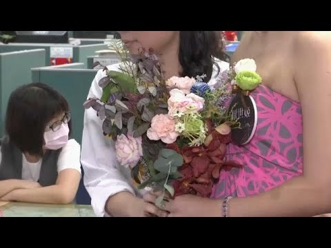 شاهد تايوان أول منطقة آسيوية تُسجل زواج المثليين في دفاتر الحالة المدنية