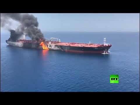 شاهد أول فيديو من الجو لناقلتي النفط في خليج عمان