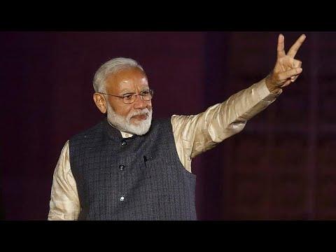 رئيس الوزراء الهندي يحقق فوزًا ساحقًا في الانخابات البرلمانية