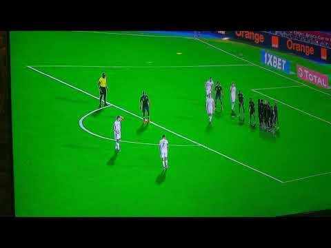 شاهد هدف تأهل المنتخب الجزائري لنهائي الكان بقدم رياض محرز