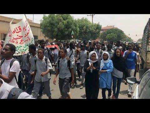 غضب بين طلاب السودان بعد مقتل 5 من زملائهم بالرصاص