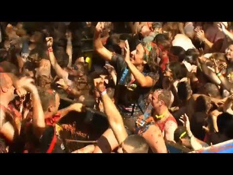 شاهد مهرجان معركة الطماطم في  فالنسيا شرق إسبانيا