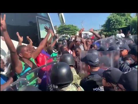 مخيم القرن21 في المكسيك يضج بمهاجرين أفارقة ملوا الانتظار