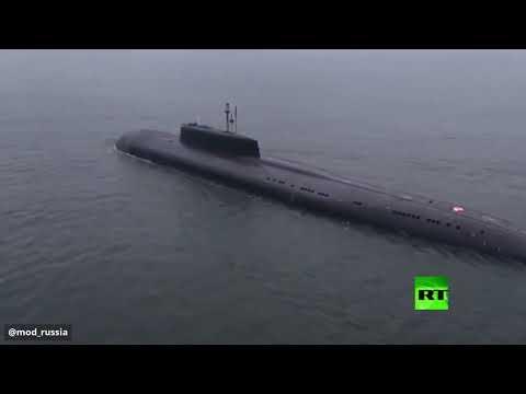 غواصة نووية روسية تدمر هدفًا على بعد 350 كيلومترًا