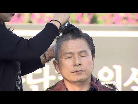 شاهد احتجاج سياسي بحلق الرؤوس في كوريا الجنوبية