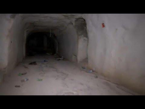 العثور على أنفاق مجهزة كـقلاع بالقرب من خان شيخون السورية