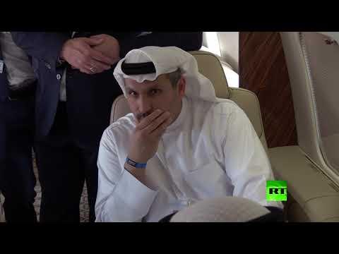 شاهد وزير روسي يعرض على محمد بن زايد مروحية مي38