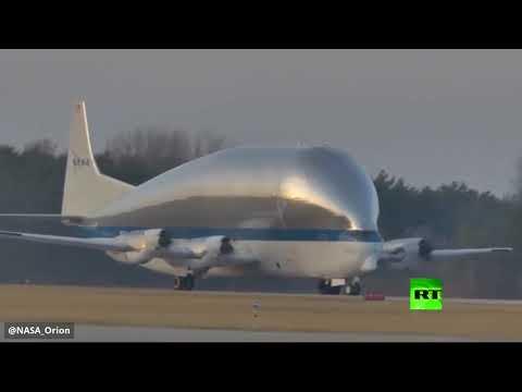 شاهد طائرة ناسا العملاقة تنقل مركبة أوريون الفضائية إلى ولاية أوهايو