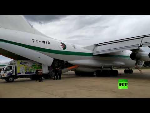 شاهد الجزائر ترسل 100 طن من المساعدات الإنسانية إلى ليبيا