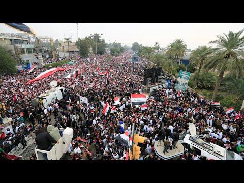 شاهد كلا كلا أميركا شعارات المتظاهرين في شوارع بغداد استجابة لدعوة الصدر