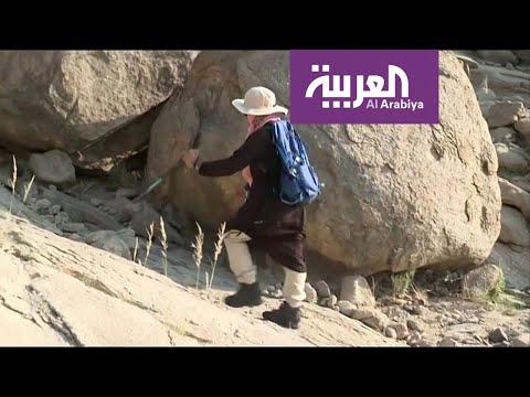 السعودية سوسن عبد الله تتحدى الإعاقة بقمم الجبال