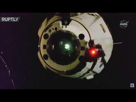 انفصال المركبة الأميركية التابعة لـسبيس إكس عن المحطة الفضائية الدولية