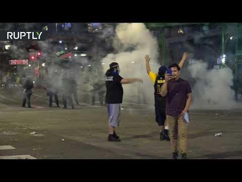 الشرطة الأميركية تُفرق مشجعي لوس أنجلوس ليكرز بالغاز المسيل للدموع